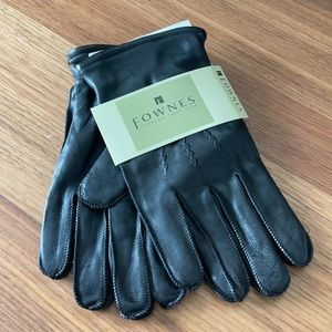 Fownes black leather gloves size extra large
